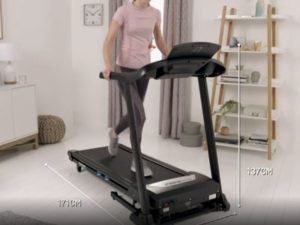 Women utilizing the Rogere Black Platinum treadmill to keep fit
